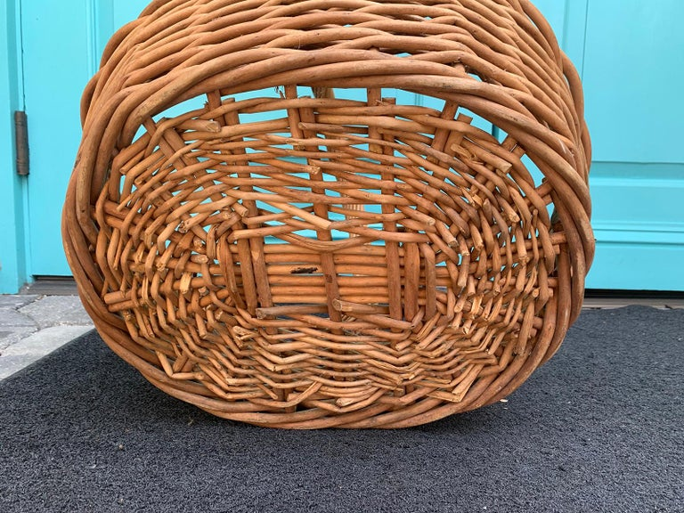 20th Century Large Woven Basket For Sale 4