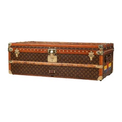 20th Century Louis Vuitton Cabin Trunk in Monogrammed Canvas, Paris, circa 1930