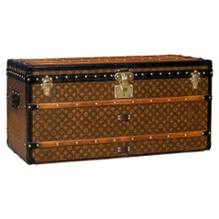 20th Century Louis Vuitton Courier Trunk in Monogram Canvas, Paris, circa 1910
