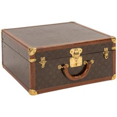 20th Century Louis Vuitton Hat Trunk in Monogram Canvas, Paris, circa 1920
