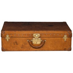 20th Century Louis Vuitton Suitcase in Natural Cow Hide, France, circa 1900