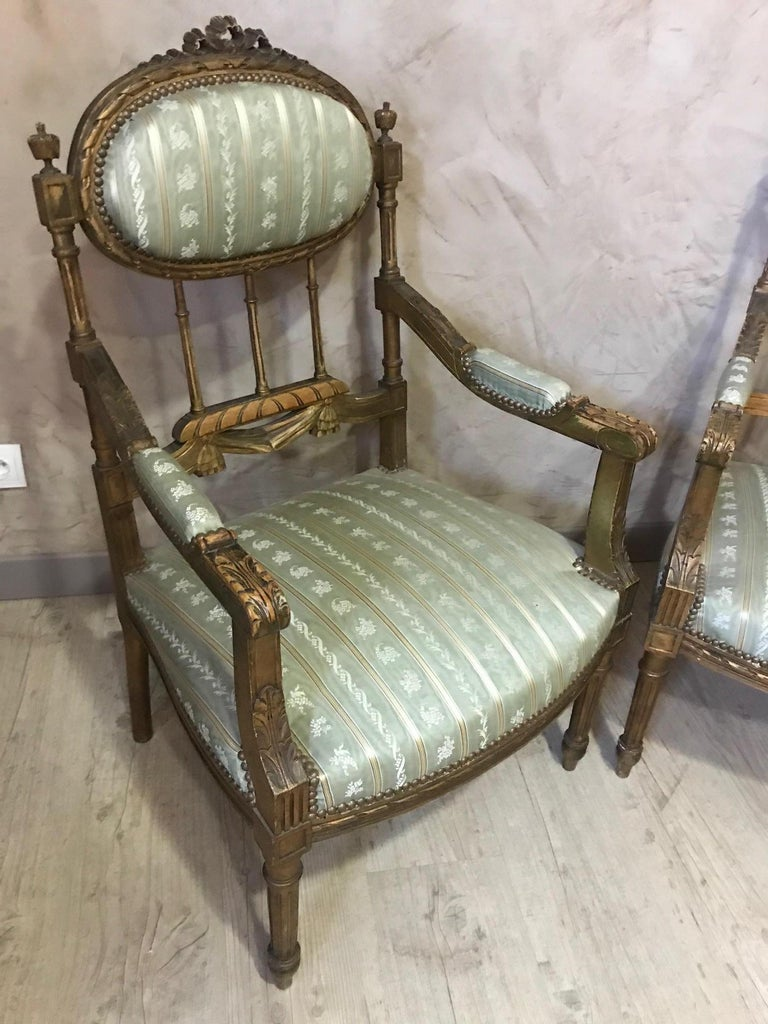 20th Century Louis XVI Style Golden Wood and Silk Salon, 1920 For Sale 6