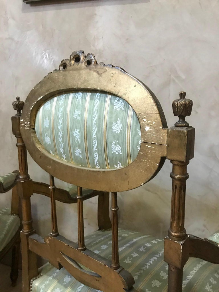 20th Century Louis XVI Style Golden Wood and Silk Salon, 1920 For Sale 9
