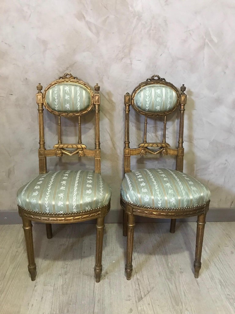 20th Century Louis XVI Style Golden Wood and Silk Salon, 1920 For Sale 11