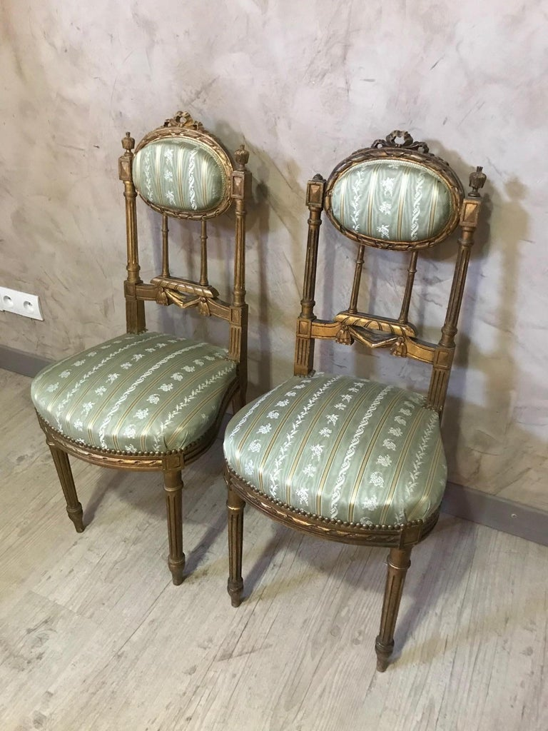 20th Century Louis XVI Style Golden Wood and Silk Salon, 1920 For Sale 12
