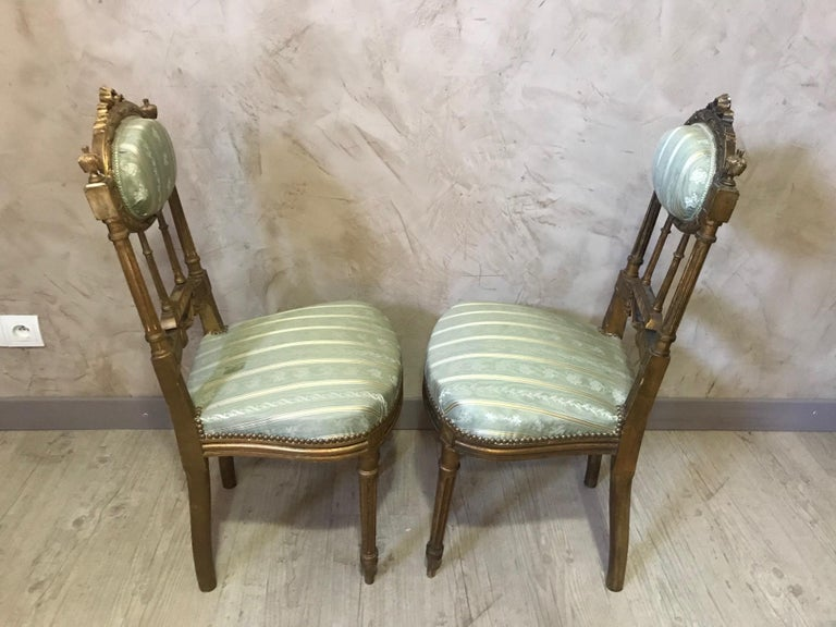 20th Century Louis XVI Style Golden Wood and Silk Salon, 1920 For Sale 15