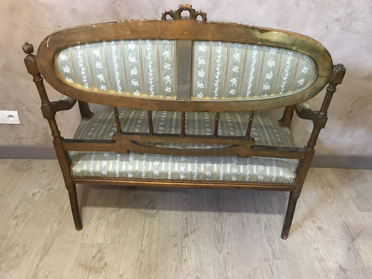20th Century Louis XVI Style Golden Wood and Silk Salon, 1920 For Sale 2