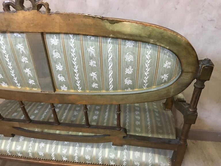 20th Century Louis XVI Style Golden Wood and Silk Salon, 1920 For Sale 3