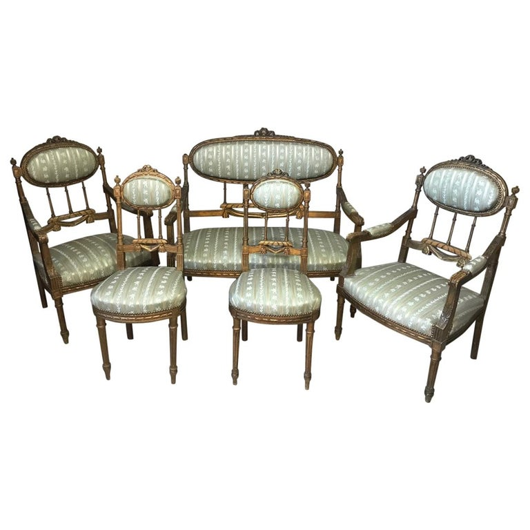 20th Century Louis XVI Style Golden Wood and Silk Salon, 1920 For Sale