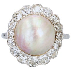 20th Century Mabe Pearl Diamonds 18 Karat White Gold Ring