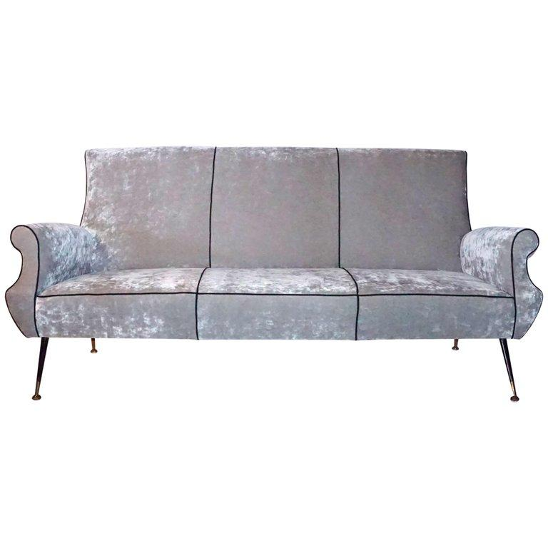 Mid-Century Modern 20th Century Italian Minotti Living Room Set by Gigi Radice For Sale