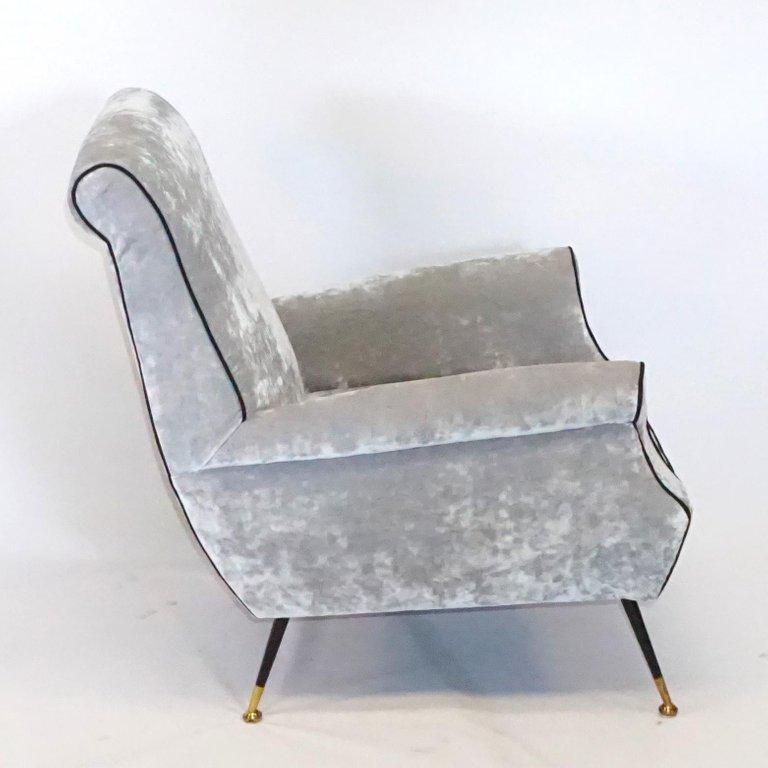 20th Century Italian Minotti Living Room Set by Gigi Radice For Sale 1