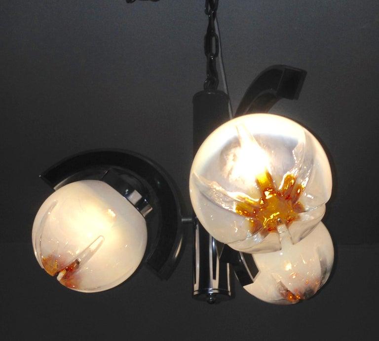 Murano Glass Mazzega Pendant Lamp, Mid-Century Modern In Good Condition For Sale In Haddonfield, NJ