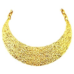 20th Century Modernist Gold Hammered Collar Choker Style Necklace By, Trifari