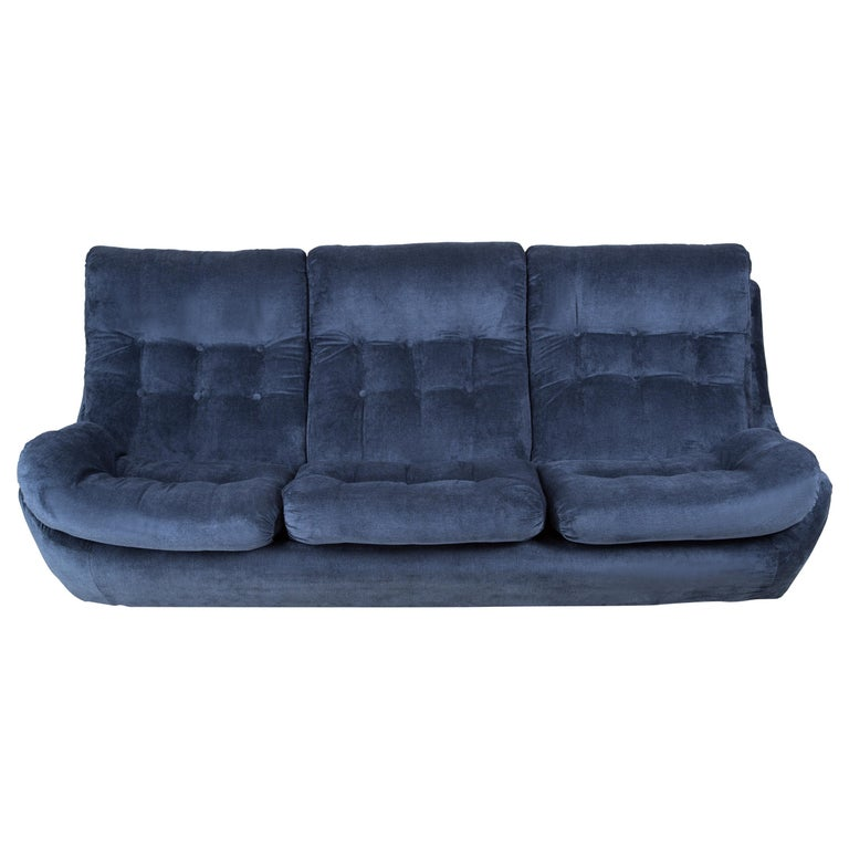 20th Century Navy Blue Velvet Atlantis Sofa, 1960s For Sale