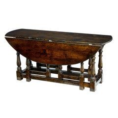 20th Century Oak Georgian Style Oak Gateleg Table