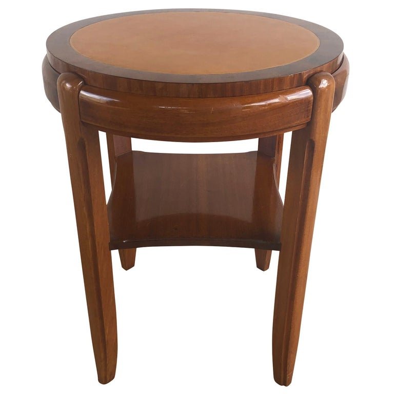 20th Century Occasional Round Art Deco Side Table, Small Italian End Table In Good Condition For Sale In West Palm Beach, FL