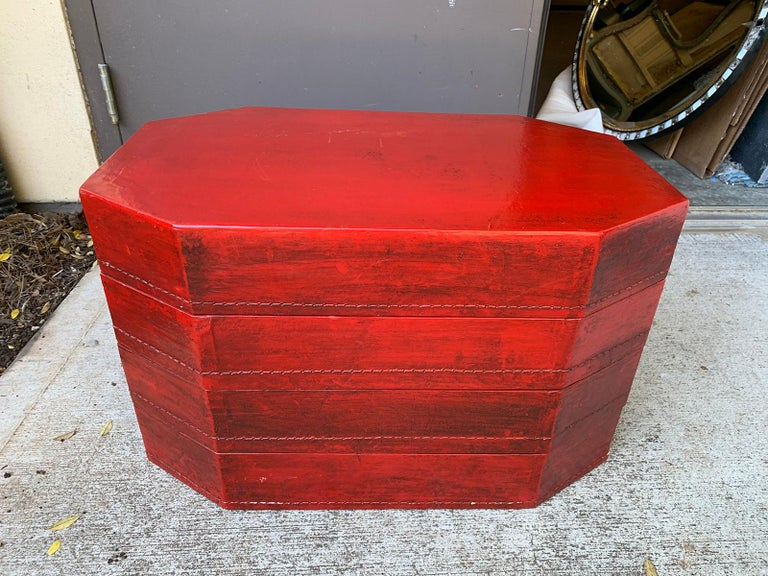 20th Century Oriental Lacquered Red Drinks Table For Sale 16