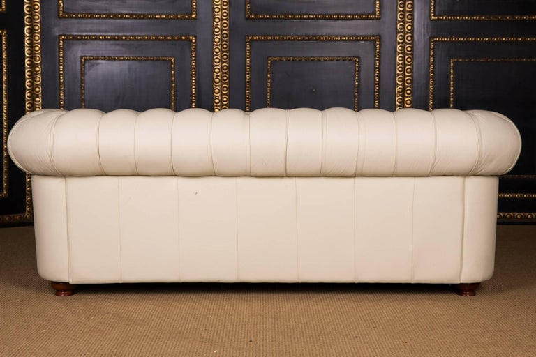 20th Century, Original English Chesterfield Sofa Genuine Leather Beige For Sale 5