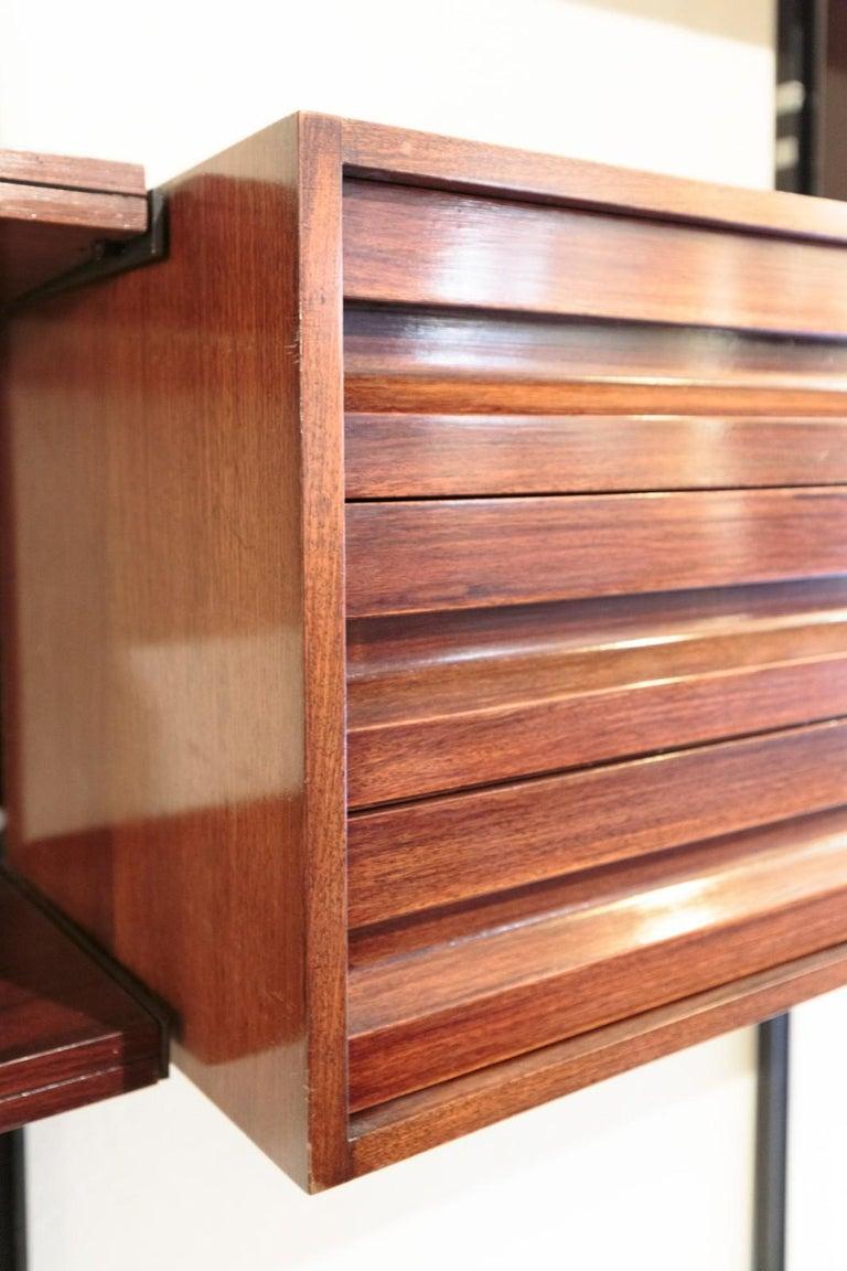 Modern Osvaldo Borsani 'E22' Freestanding Modular Bookcase in Rosewood Tecno Production For Sale