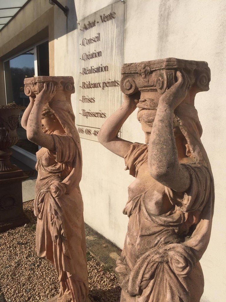 20th Century, Pair of Antique Greek Cariatide Stone Statues, 1950s For Sale 9