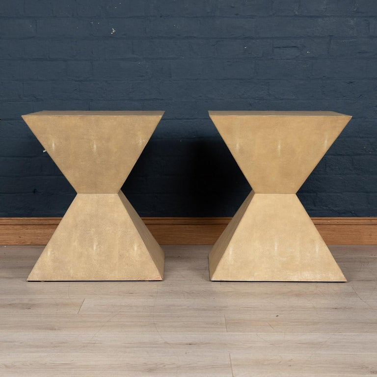 20th Century Pair of Art Deco Inspired Side Tables by Julian Chichester In Good Condition For Sale In London, London