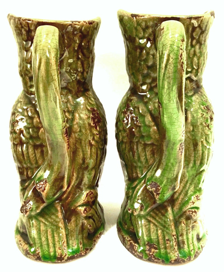 20th Century Pair of Ceramic Glaze Owl Beverage Pitchers In Good Condition For Sale In West Palm Beach, FL