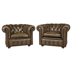 20th Century Pair of Chesterfield Leather Armchairs, circa 1970