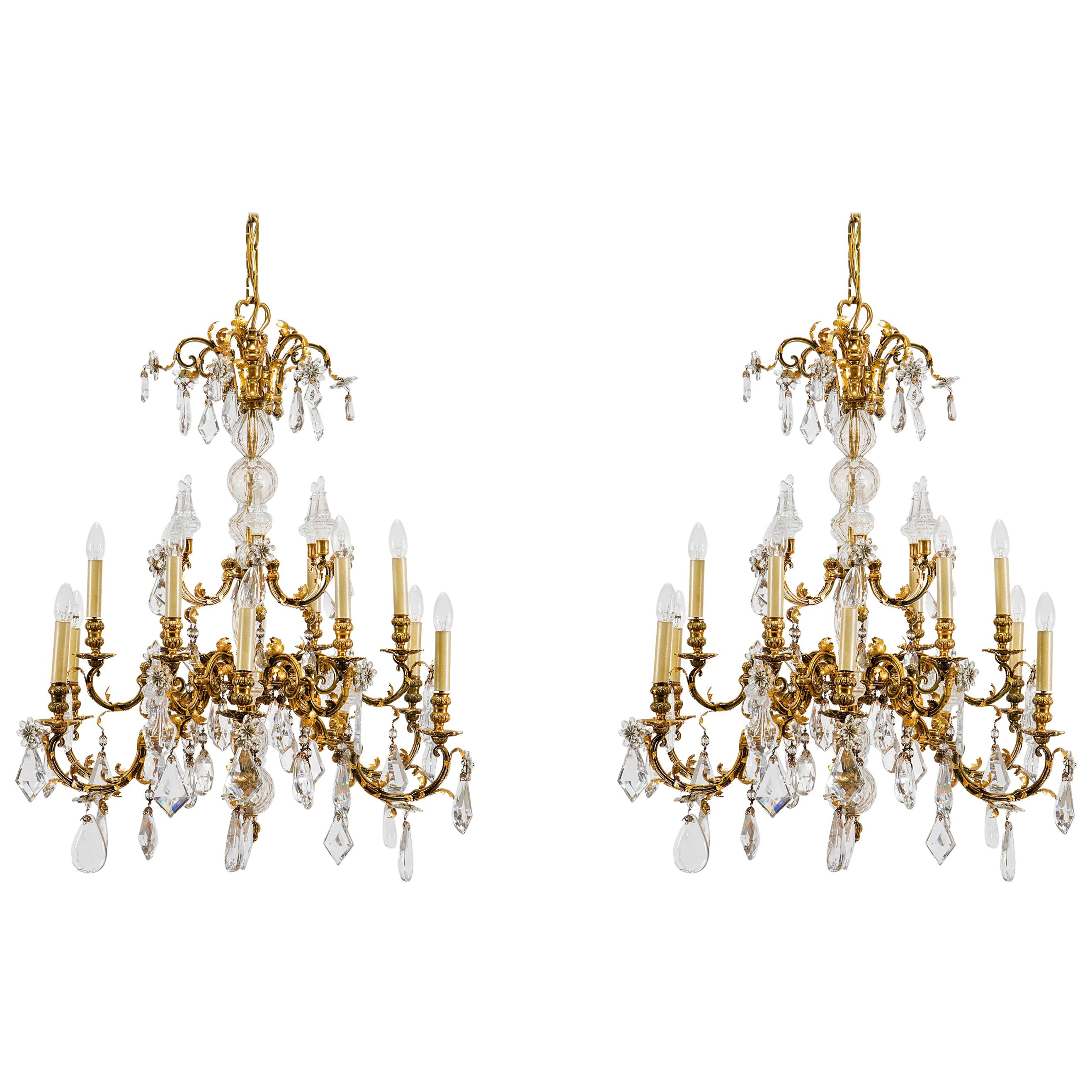 20th Century, Pair of French Crystal Gilt Bronze Chandeliers by Maison Baguès