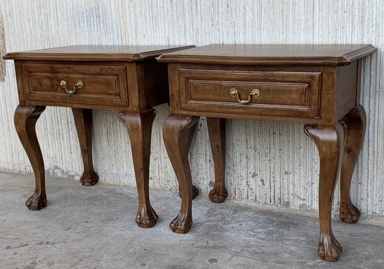 French Provincial 20th Century Pair of French Nightstands with One Drawer and Claw Feet For Sale