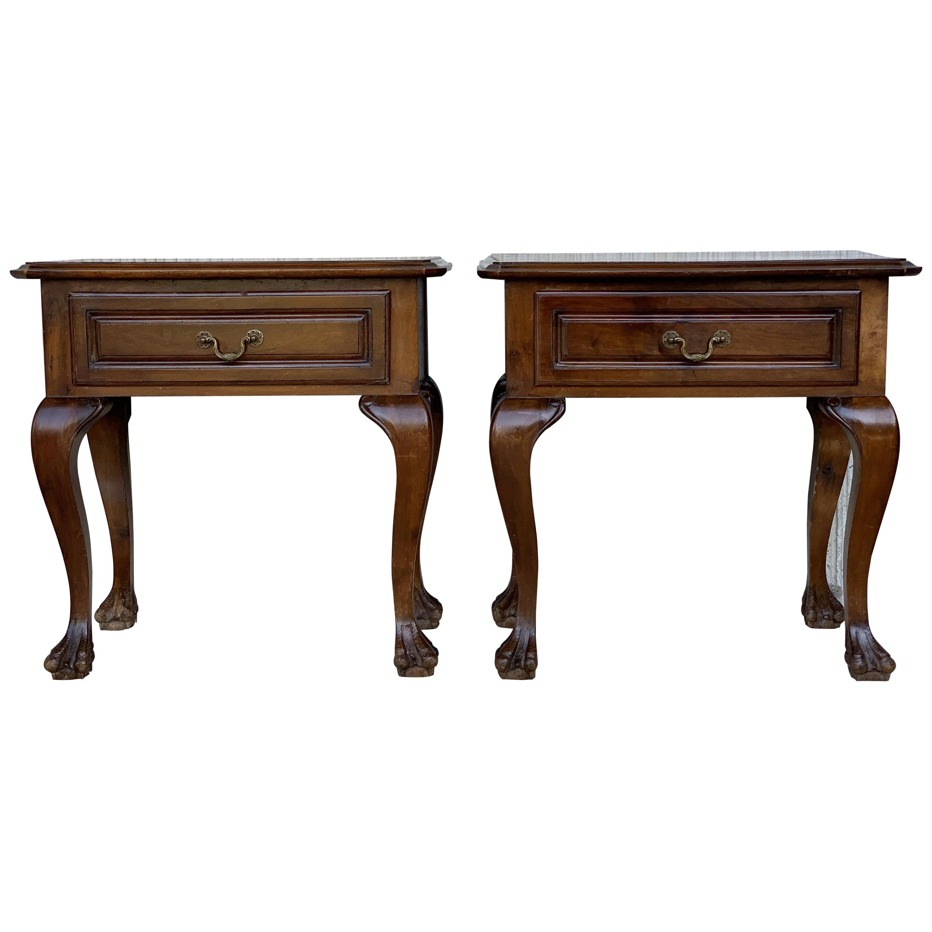 20th Century Pair of French Nightstands with One Drawer and Claw Feet