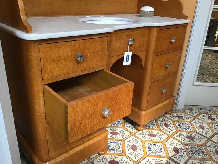 20th Century Pair of Italian Brier-Root Veneer with Carrara Marble Wash Cabinets For Sale 4