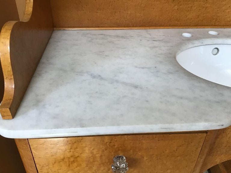 20th Century Pair of Italian Brier-Root Veneer with Carrara Marble Wash Cabinets For Sale 3