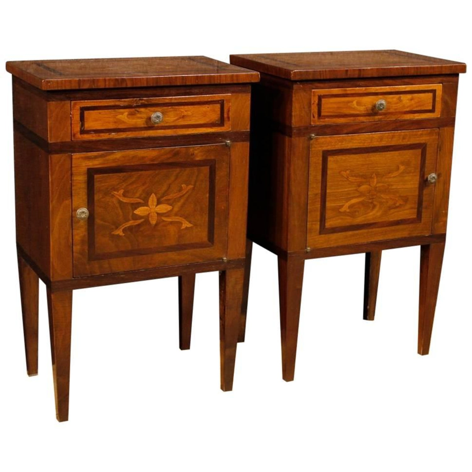 20th Century Pair Of Italian Inlaid Wooden Bedside Tables In Louis Xvi Style At 1stdibs