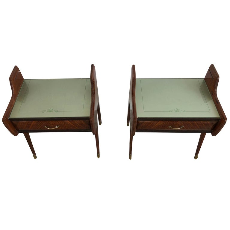 Mid-Century Modern 20th Century Pair of Italian Nightstands by Paolo Buffa For Sale