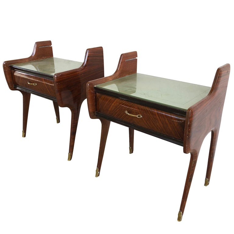 Ebonized 20th Century Pair of Italian Nightstands by Paolo Buffa For Sale