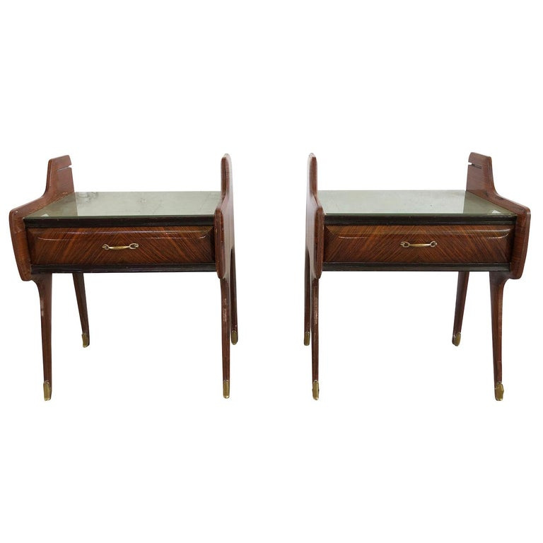 20th Century Pair of Italian Nightstands by Paolo Buffa For Sale