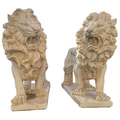 20th Century Pair of Lions Sculptures Statuary Marble Finely Carved