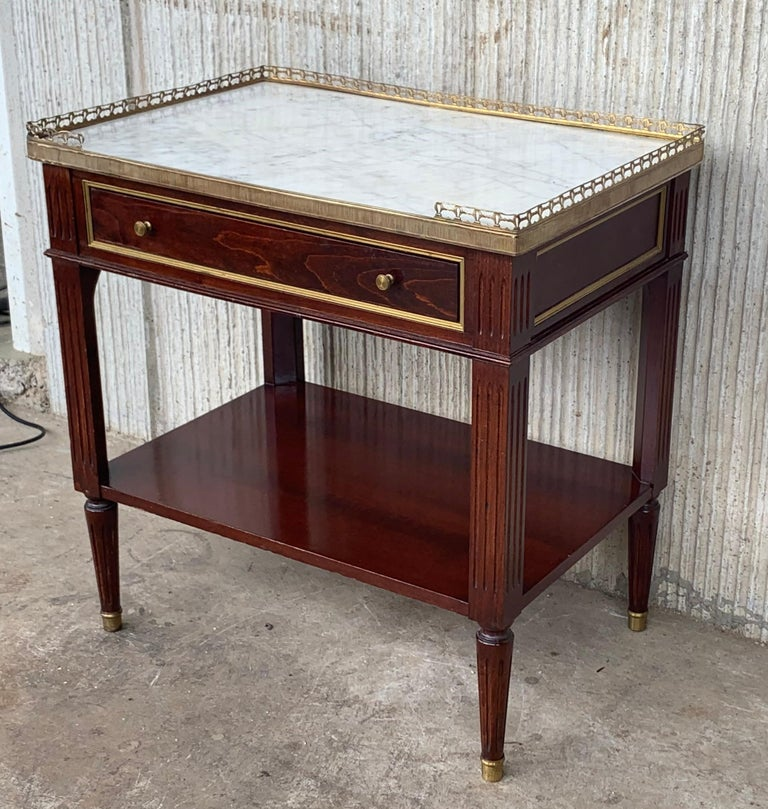 French 20th Century Pair of Louis XVI Style Marble-Top, Bronze and Walnut Nightstands For Sale