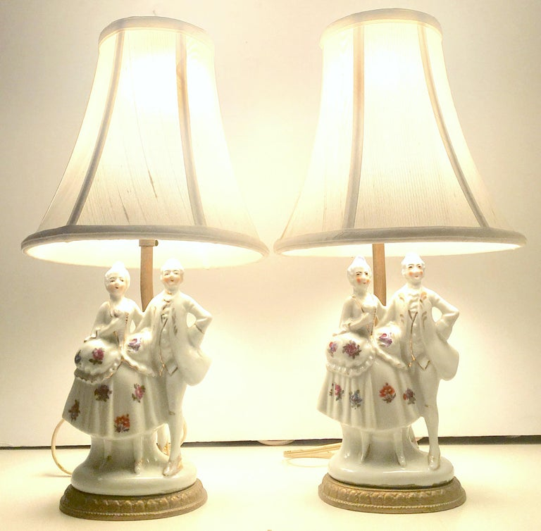 "Pair Of Simple Church Lights For Sale: 20th Century Pair Of Meissen Style Porcelain ""Courting"