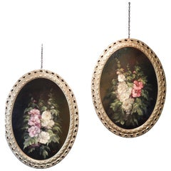 20th Century Pair of Oval Paintings on Flowers with Golden Frame