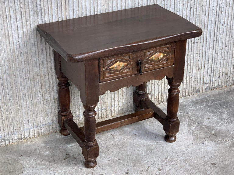 20th century pair of Spanish nightstands with drawer and iron hardware. Beautiful tables that you can use like a nightstands or side tables, end tables... or table lamp.