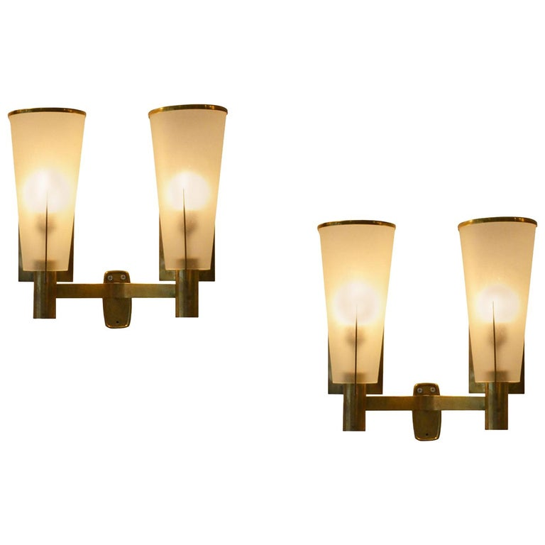 20th Century Pair of Stilnovo Sconces in Golden Brass and Etched Glass For Sale