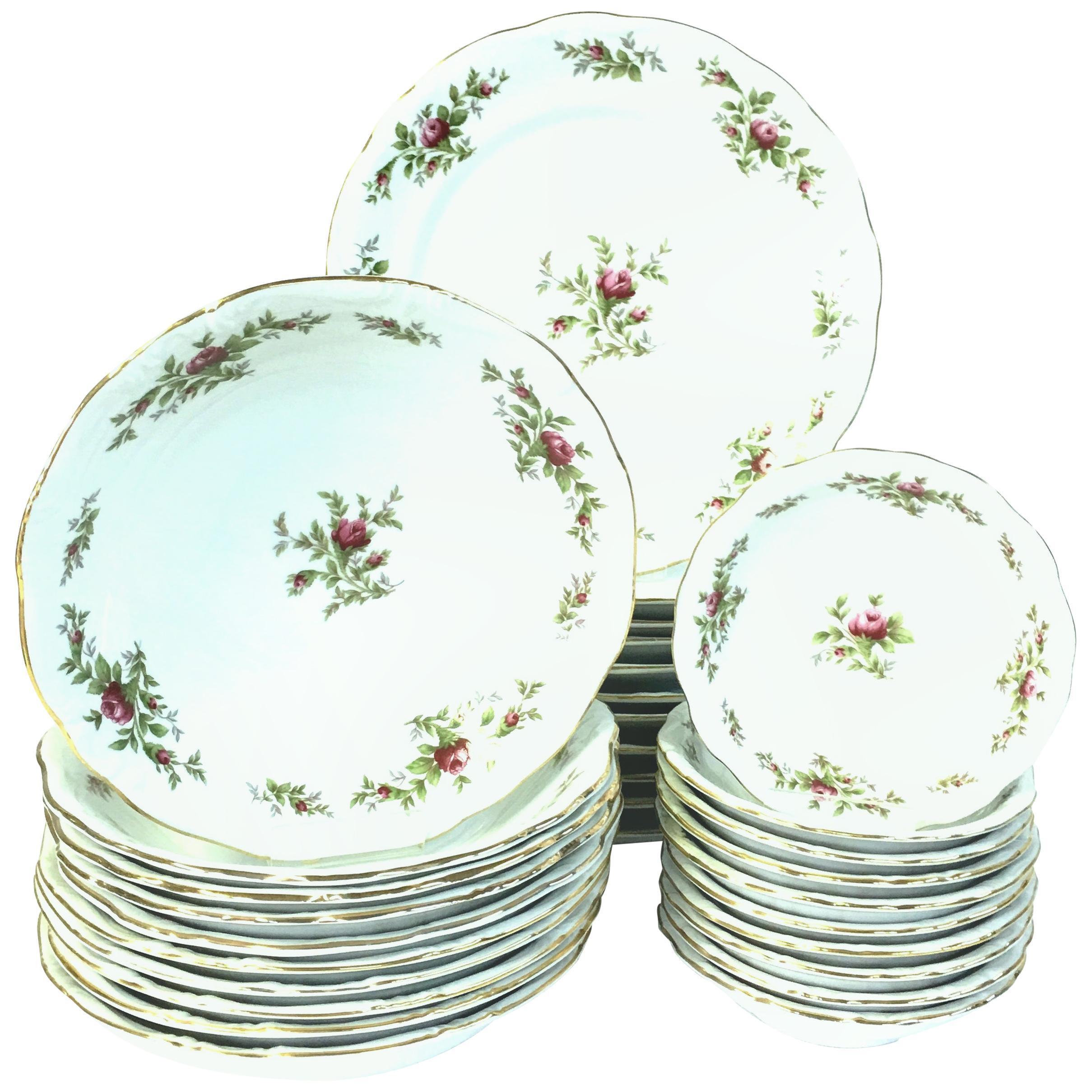 "20th Century Porcelain & 22-Karat Gold Dinnerware ""Moss Rose"" by Haviland S/31"