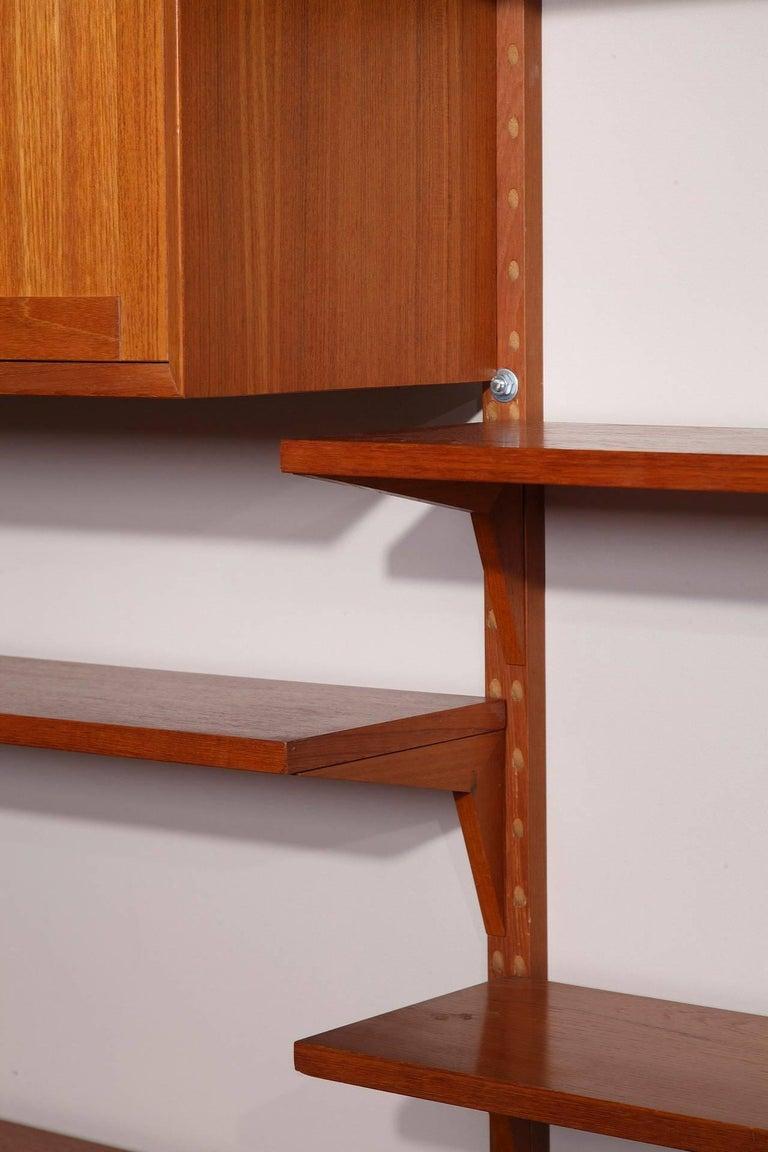Scandinavian Modern 20th Century Poul Cadovius Royal System Modular Wall Furniture in Teak For Sale