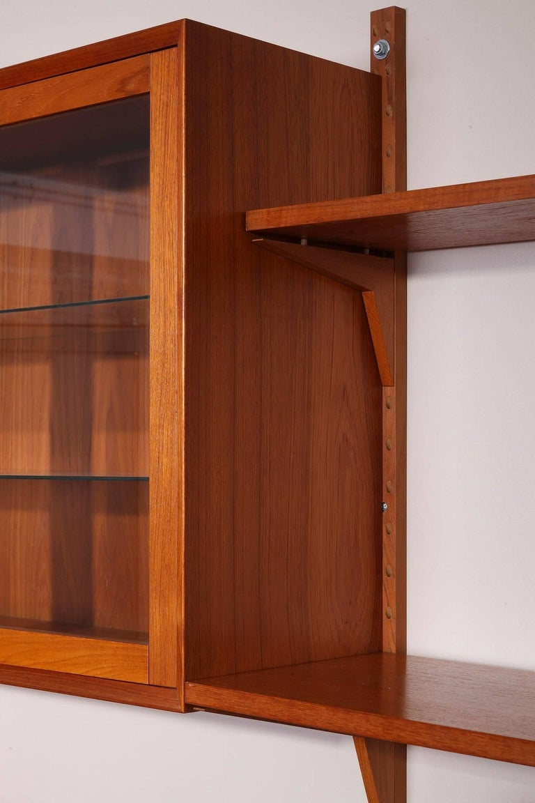 Danish 20th Century Poul Cadovius Royal System Modular Wall Furniture in Teak For Sale