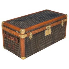 20th Century Rare Goyard Chevron Canvas Shoe Trunk, circa 1900