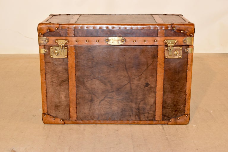 English 20th Century Refurbished Leather Steamer Trunk For Sale