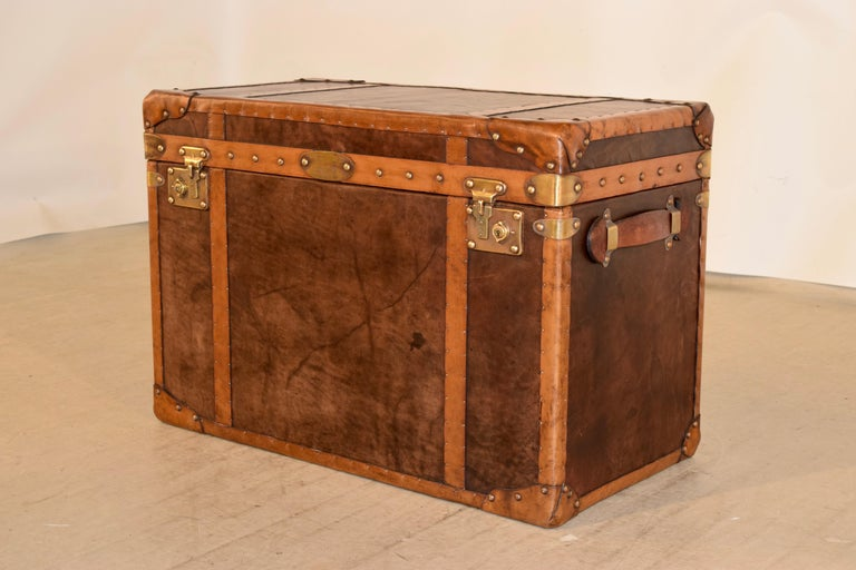Brass 20th Century Refurbished Leather Steamer Trunk For Sale