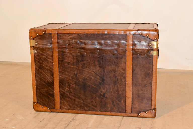 20th Century Refurbished Leather Steamer Trunk For Sale 2